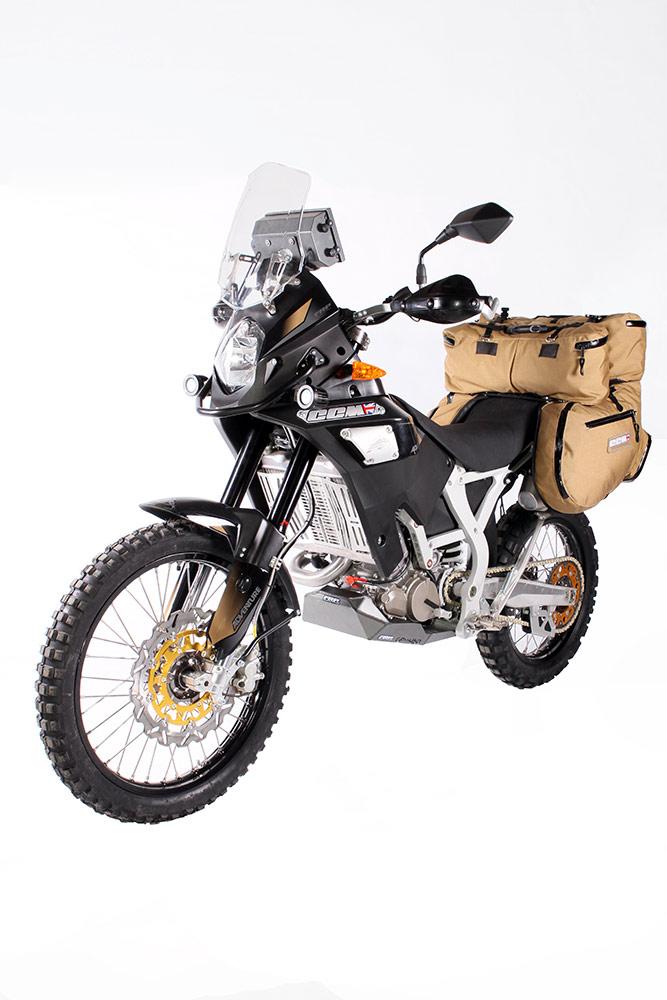 ccm-450-adventure-front